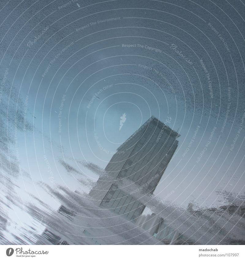 1 LIFEISJUSTASTORMINYOUREYES Stadt Nebel schlechtes Wetter Anlegestelle Wasserfahrzeug Himmel Wolken nass Rotterdam Niederlande Asphalt Schifffahrt Regen Sturm