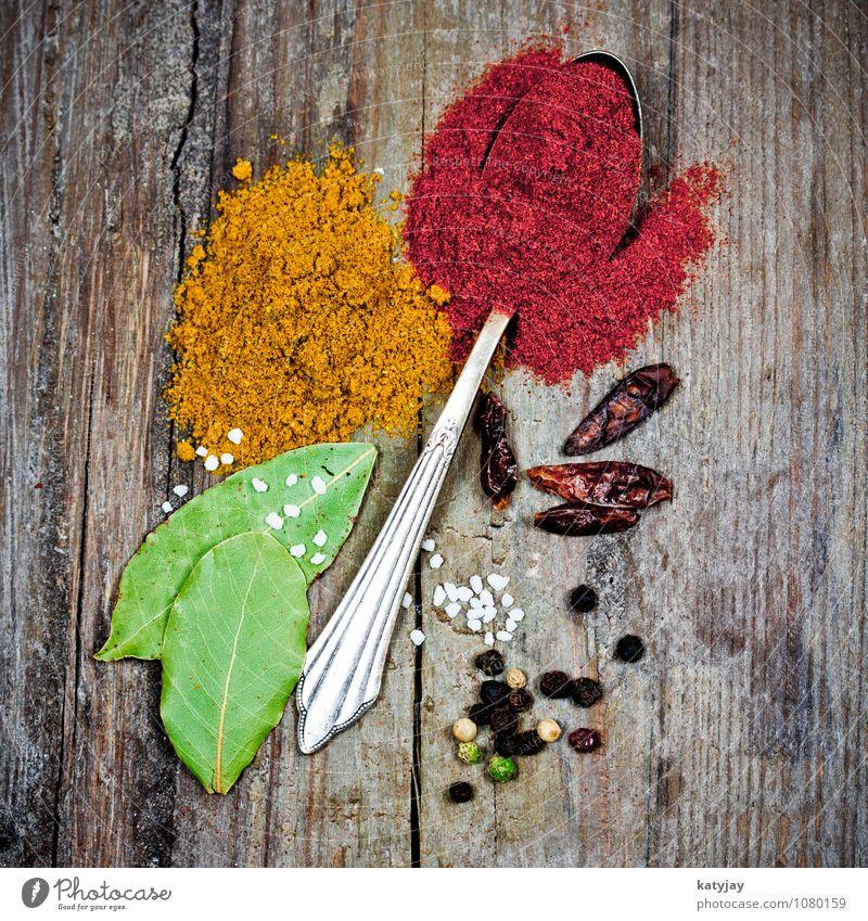 Gewürze Kräuter & Gewürze Paprika Curry Pfeffer Pfefferkörner Geschmackssinn Würzig Löffel Gesunde Ernährung Essen Chili Salz Kochsalz meersalz Lorbeer Indien