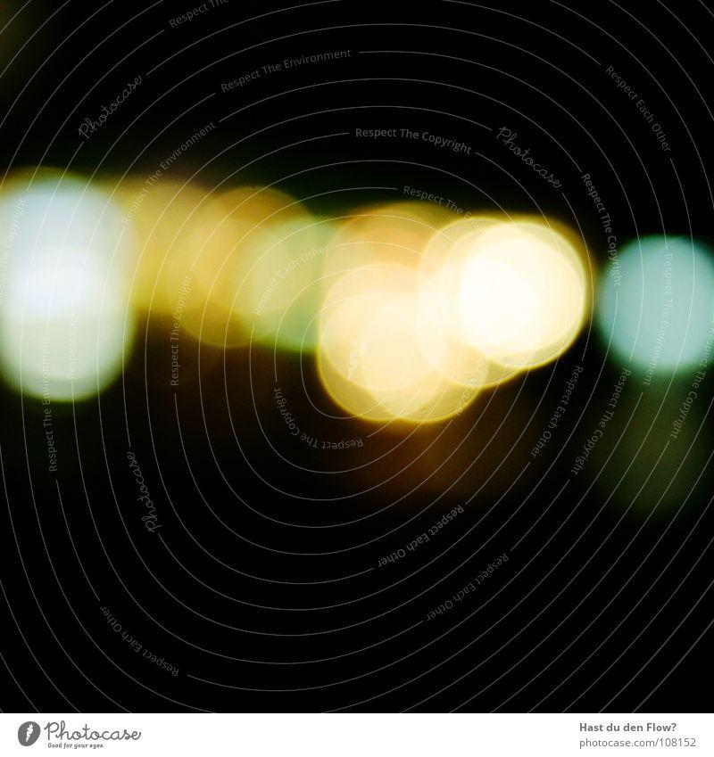 Feuer Tunnel gelb grün schwarz dunkel weiß Nacht Kreis Unschärfe Köln Straßenbeleuchtung Winter Zirkel Verkehrswege Licht Brand Licht am ende des Tunnels blau