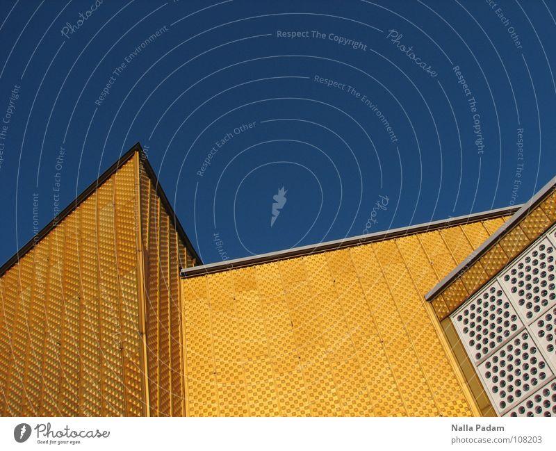 Blau hinter Gelb Berliner Philharmonie gelb Konzert modern Scharoun Himmel blau