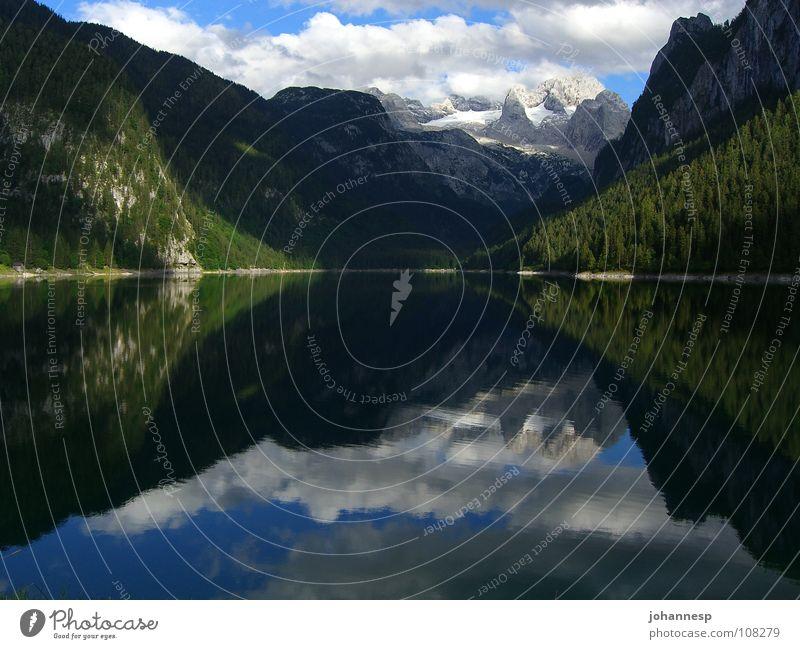 Stille Wasser sind tief Wasser ruhig Wolken Berge u. Gebirge See Bundesland Oberösterreich Dachsteingruppe Gosau