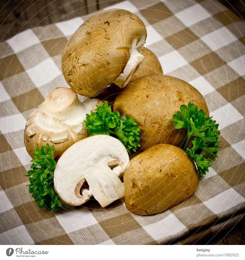 Champignons Pilz braun egerlinge Gesunde Ernährung roh Speise Essen Vegetarische Ernährung Zutaten Petersilie Kräuter & Gewürze kochen & garen Küche Waldpflanze