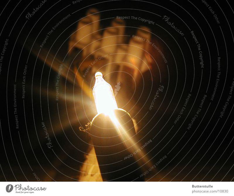 Da lüstert die Klemme und verkettet das Licht Perspektive Dinge