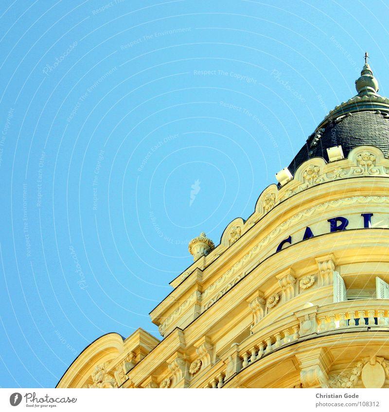 Carl Cannes Südfrankreich Cote d'Azur Hotel Promenade Balkon gelb Kolossalbau nobel Ferien & Urlaub & Reisen Tourismus Wahrzeichen Denkmal Frankreich Strand