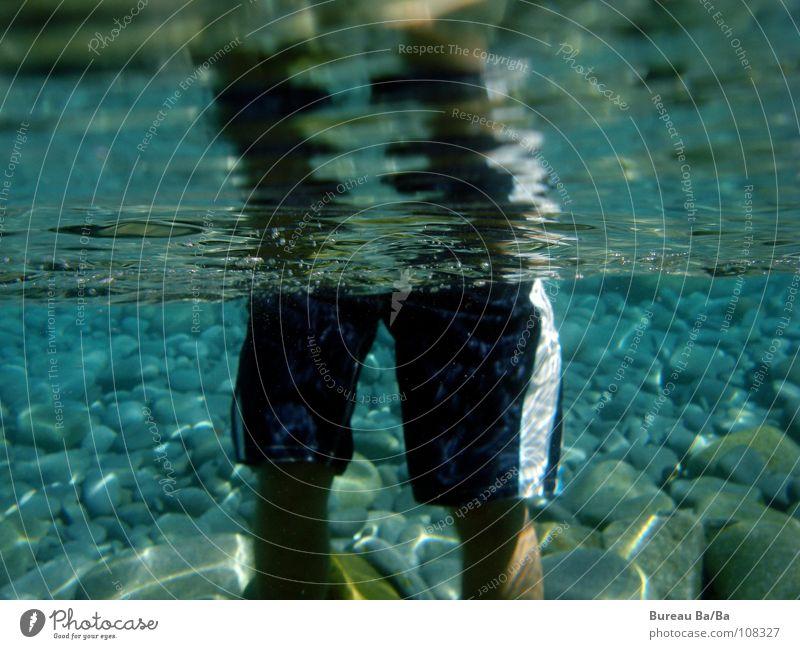 Hai-View Mann Wasser Meer Strand Ferien & Urlaub & Reisen Stein Beine Klarheit Schwimmen & Baden Frankreich Haifisch Badehose Unterwasseraufnahme