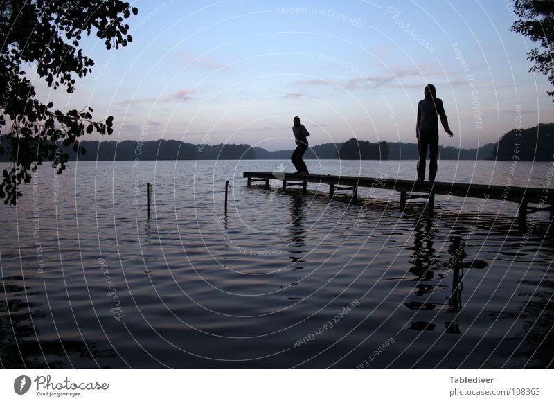 Der neue Tablediver II See Teich Wellen Morgen Nebel Steg Mann Wald ruhig Zufriedenheit Wasser Morgendämmerung Silhouette