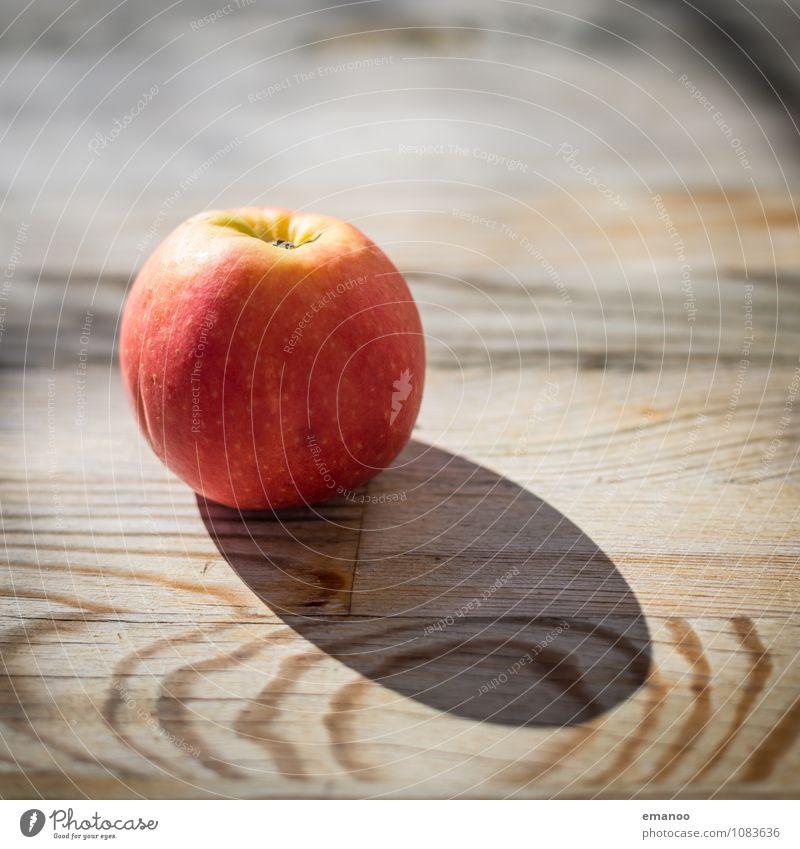 Apfel Lebensmittel Frucht Ernährung Bioprodukte Vegetarische Ernährung Diät Saft Gesundheit Gesunde Ernährung Tisch Nutzpflanze Holz Essen süß gelb gold rot