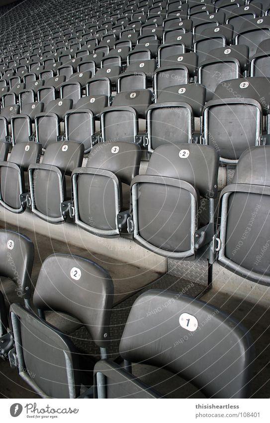 Take a Seat ruhig Fußball Ordnung Platz stehen schreien Konzert Reihe Gesellschaft (Soziologie) Fan Klappe stöhnen