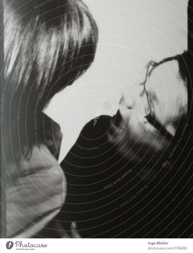 Fotosession 21 Fotografie Photo-Shooting schwarz weiß Ärger Wut Brille Blick Schwarzweißfoto Gesicht Profil schreien Mund Konflikt & Streit Ehekrise