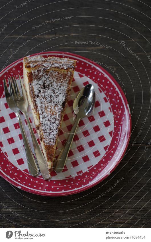 sonntag Lebensmittel Kuchen Kaffeetrinken Teller Besteck Messer Gabel Holz Metall Kunststoff Duft authentisch einfach frisch gut lecker natürlich saftig süß