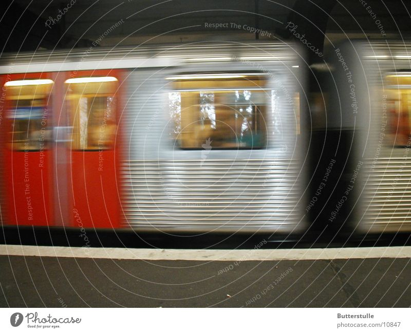 U3 am Hafen Hamburg Dinge U-Bahn