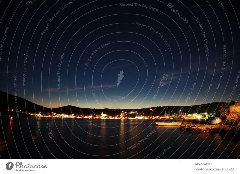 Vinisce 2 Himmel Ferien & Urlaub & Reisen blau Wasser Meer Haus dunkel Berge u. Gebirge Beleuchtung Küste Wasserfahrzeug Hügel Hafen Dorf