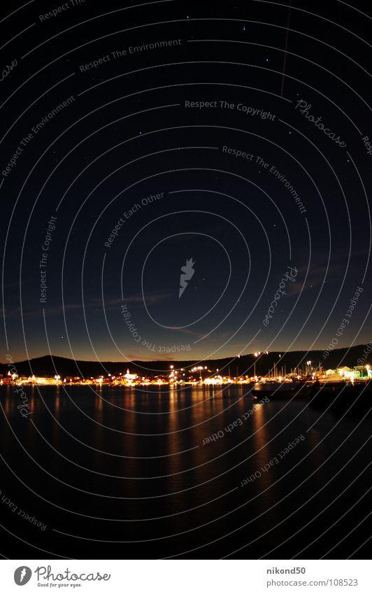 Vinisce 3 Himmel Ferien & Urlaub & Reisen blau Wasser Meer Haus dunkel Berge u. Gebirge Beleuchtung Küste Wasserfahrzeug Hügel Hafen Dorf