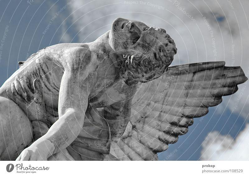 Ich will Flügel - II Mensch Himmel Mann Traurigkeit Tod Religion & Glaube fliegen maskulin Angst Körper Flügel Vergänglichkeit Regensburg Trauer festhalten Engel