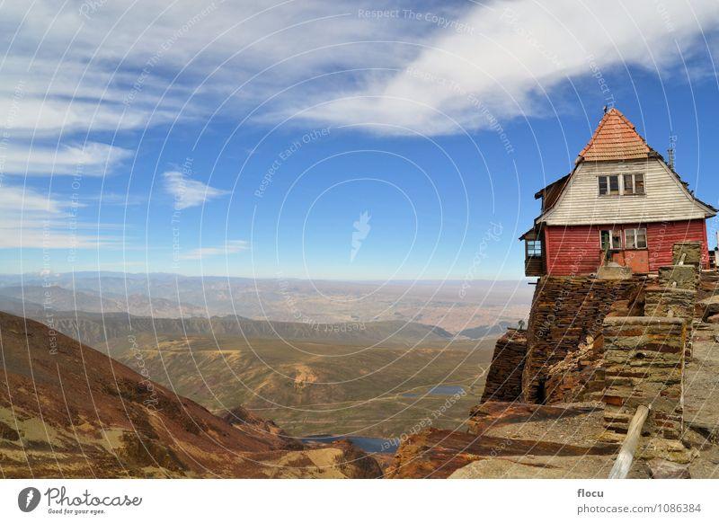 Haus auf felsiger Klippe nahe La Paz, Chacaltaya, Bolivien Himmel Natur Ferien & Urlaub & Reisen blau Landschaft Wolken Wald Umwelt Berge u. Gebirge Herbst