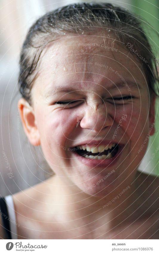 Erfrischung Mensch Kind Jugendliche schön Wasser Sommer Junge Frau Freude Mädchen Leben Frühling Gesundheit lachen Kopf Familie & Verwandtschaft Kindheit