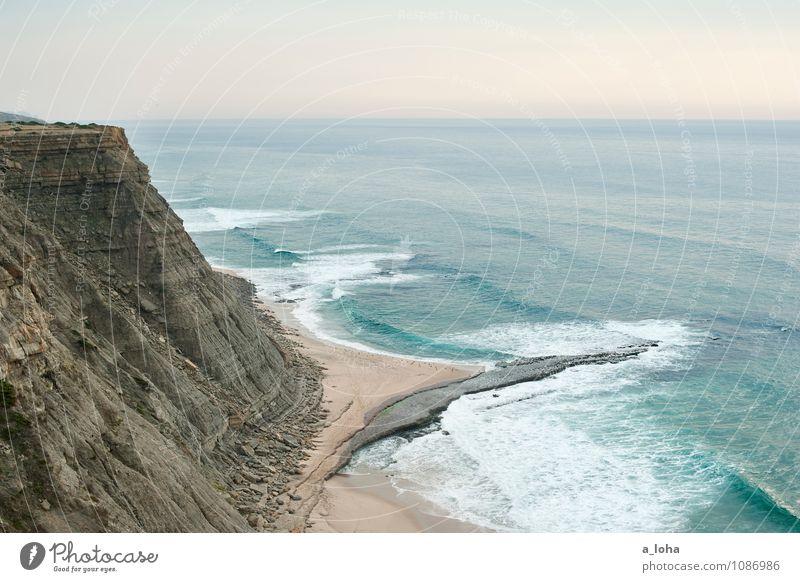 wanderlust Umwelt Natur Landschaft Urelemente Sand Wasser Wolkenloser Himmel Horizont Sommer Schönes Wetter Felsen Wellen Küste Strand Bucht Meer Fernweh
