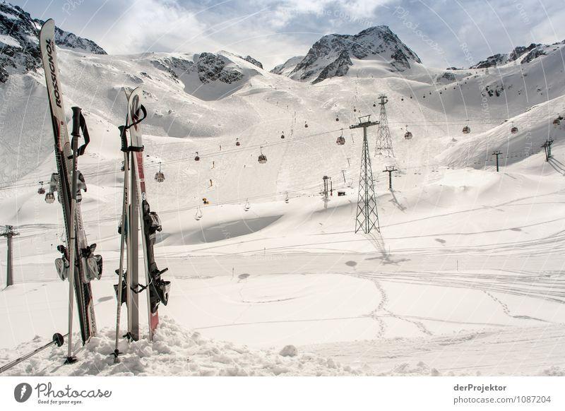 Für heute ist Feierabend Natur Ferien & Urlaub & Reisen Landschaft Freude Winter Berge u. Gebirge Umwelt Gefühle Schnee Zufriedenheit Tourismus Ausflug Lebensfreude Schönes Wetter Gipfel Alpen