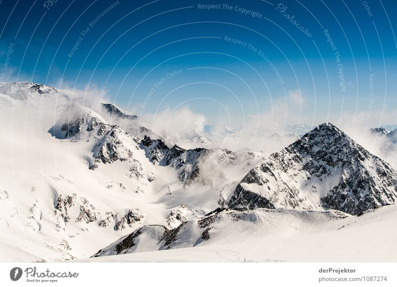 Gipfelpanorama im Schnee Ferien & Urlaub & Reisen Ferne Freiheit Winterurlaub Umwelt Natur Landschaft Schönes Wetter Hügel Felsen Alpen Berge u. Gebirge