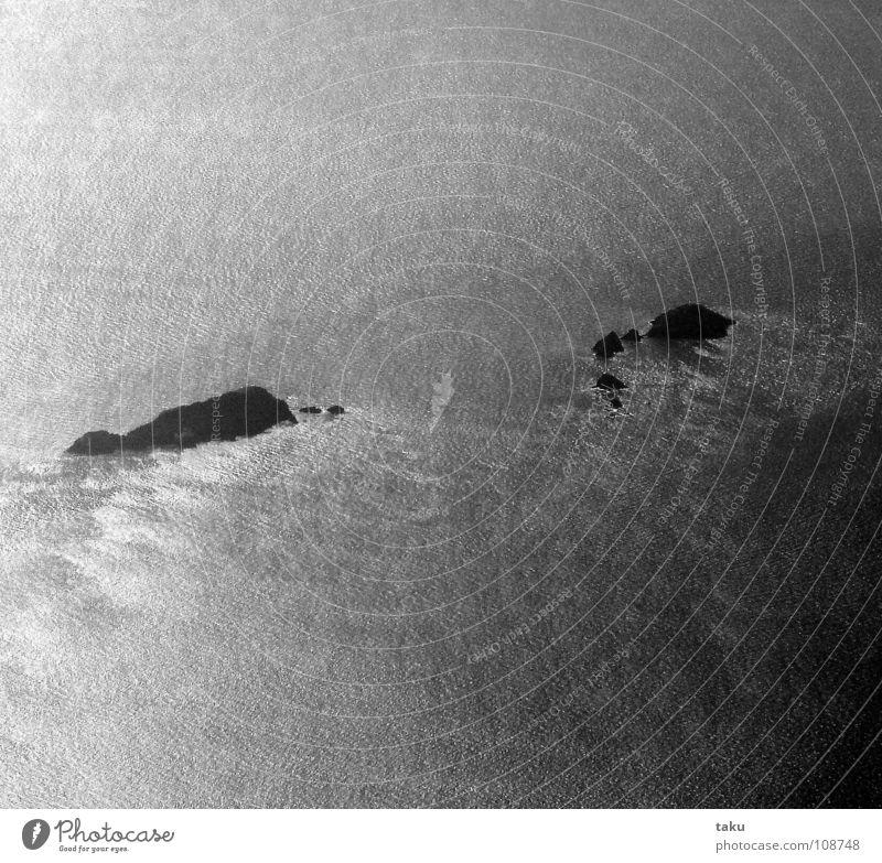 MY DREAM Wasser Meer Freude Ferne Bewegung Freiheit Wellen Luftverkehr Insel beobachten Unendlichkeit Flugzeuglandung Schönes Wetter Umarmen Nachmittag