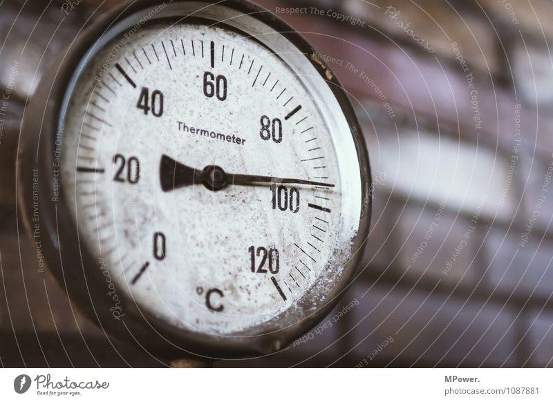 vor´m siedepunkt Messinstrument Thermometer Energiewirtschaft Erneuerbare Energie Industrie alt Messanzeige Wassertemperatur Backstein Druck Farbfoto