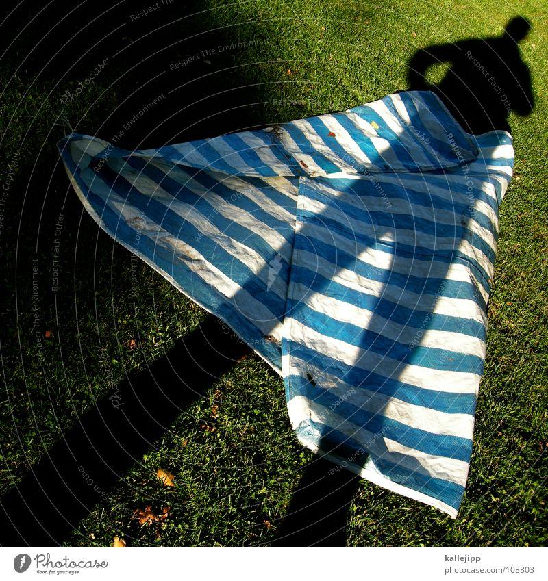 schattenrock schön Spielen Garten Mode träumen Arbeit & Erwerbstätigkeit gehen laufen nass wandern liegen Aktion fahren Kleid Rasen Vergangenheit