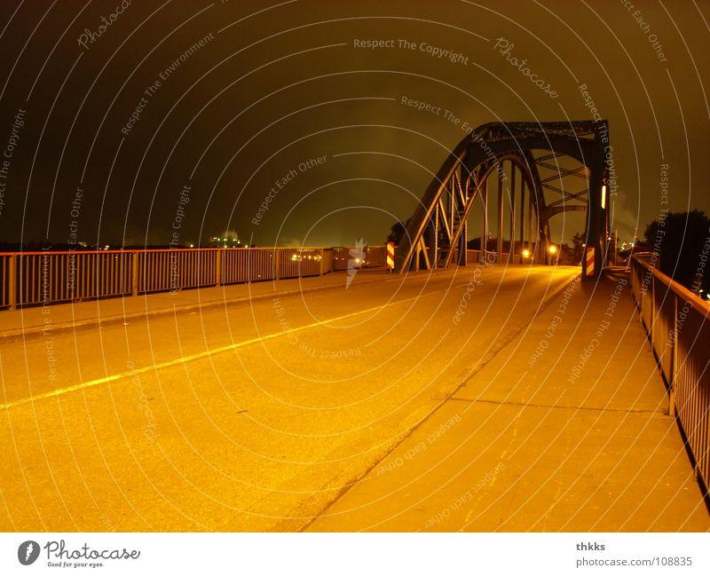 Geschlossen! Duisburg Ruhrort Nacht Brücke Industrie Herbst laar Straße nirgendwo Einsamkeit