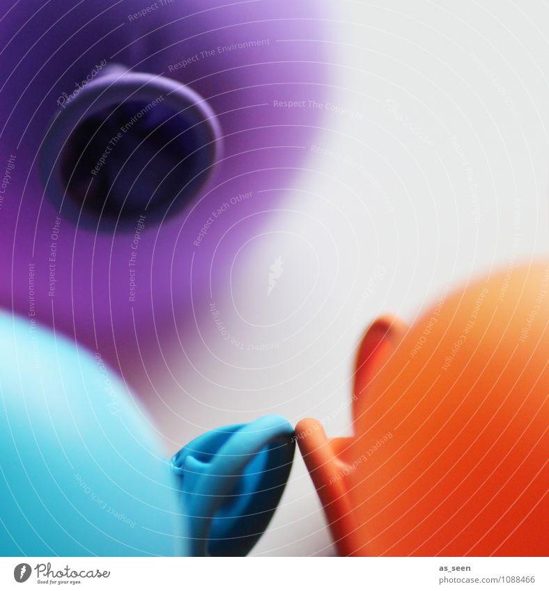 Kindergeburtstag Farbe Freude Leben Spielen Feste & Feiern orange Design Freizeit & Hobby leuchten Geburtstag Kindheit berühren Luftballon violett Kunststoff