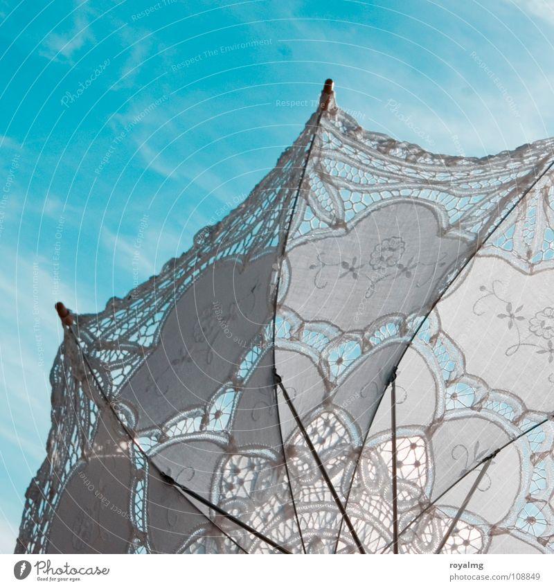 Regenschirm Sommer Sonnenschirm Muster Fröhlichkeit Himmel blau Spitze Strukturen & Formen hell