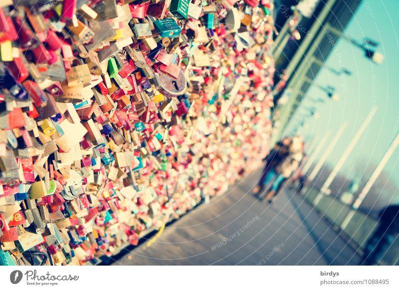 unter Verschluß Tourismus Sightseeing Städtereise Junge Frau Jugendliche 3 Mensch 13-18 Jahre Kind 18-30 Jahre Erwachsene Köln Hohenzollernbrücke