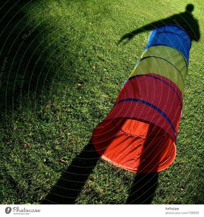 schattenhose Kind schön Spielen Garten Mode träumen Arbeit & Erwerbstätigkeit gehen laufen nass wandern liegen Aktion Bekleidung fahren Rasen