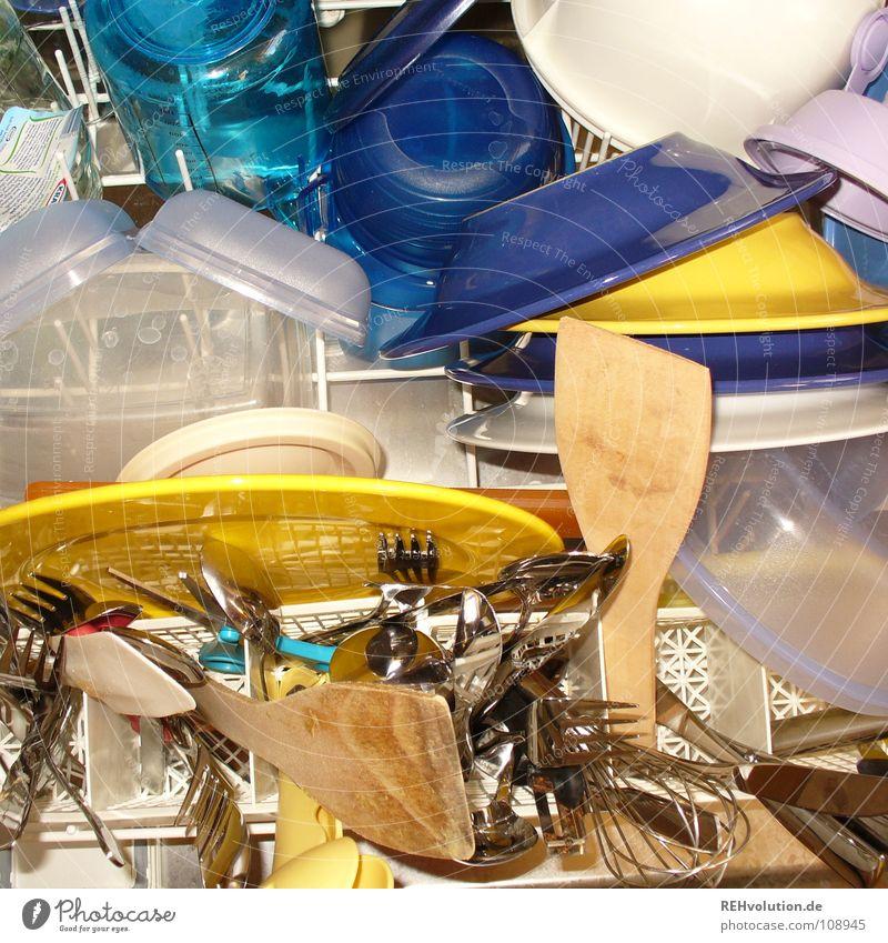 Saubere Sache! Sauberkeit Geschirrspülen Besteck frisch Topf Schalen & Schüsseln Teller Erleichterung heiß gereinigt Freude glänzend Küche Manuelles Küchengerät