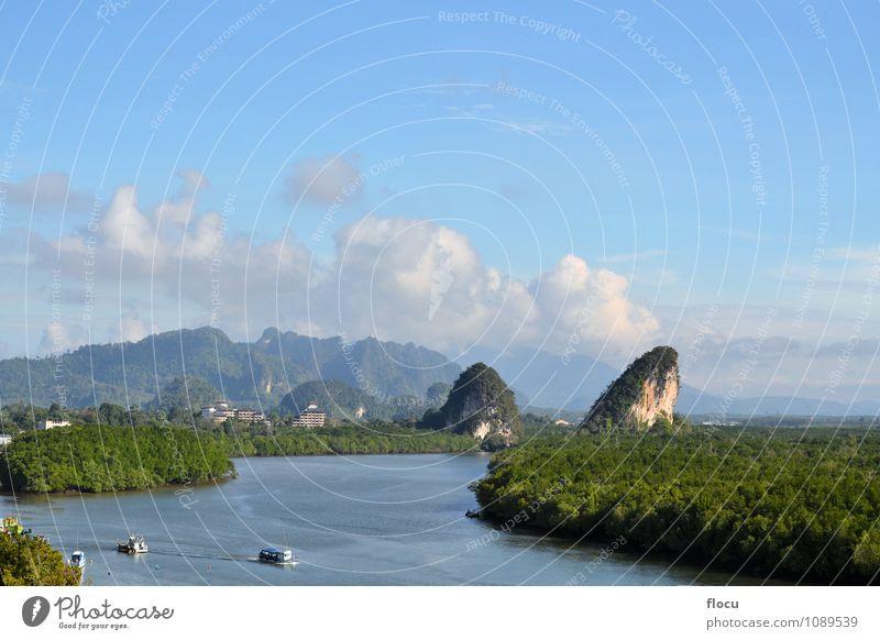 Krabi Wahrzeichen (Kanaab Nam Cliff), Krabi Town, Thailand. Ferien & Urlaub & Reisen Insel Berge u. Gebirge Natur Landschaft Himmel Wolken Wetter Unwetter Baum