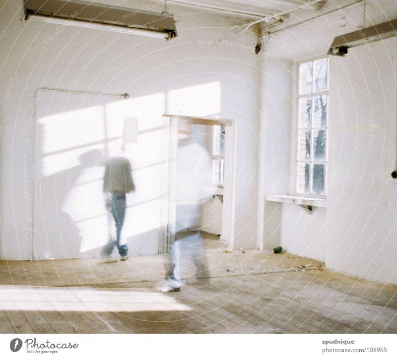 die seele bleibt alt weiß Sonne ruhig Einsamkeit Wand hell Industrie Frieden verfallen Seele