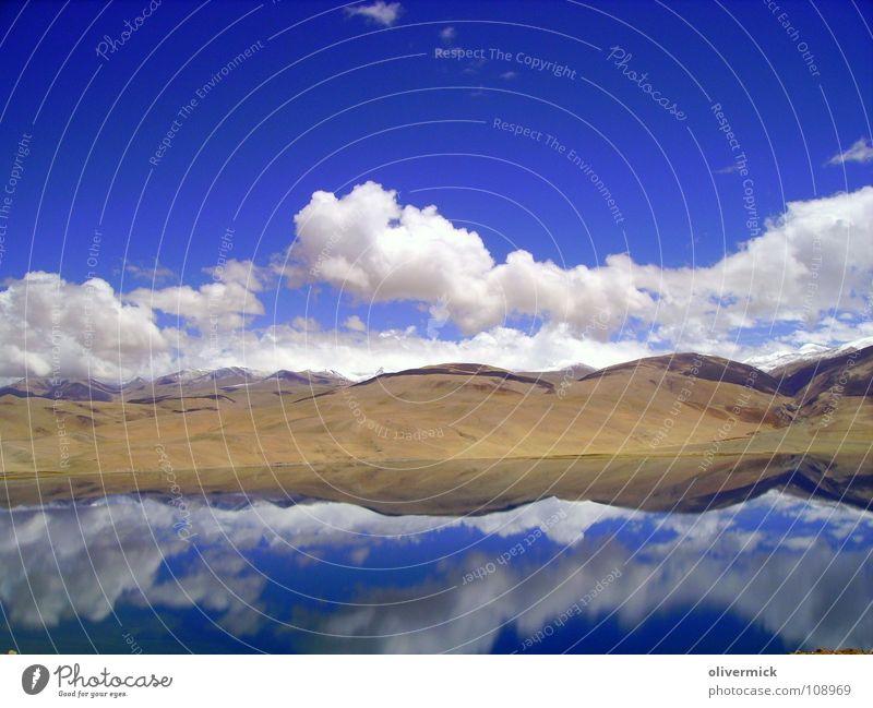 spiegelbild Wasser Himmel weiß blau Freude Wolken Einsamkeit Berge u. Gebirge Freiheit See Luft Stimmung braun wandern Klima Idylle