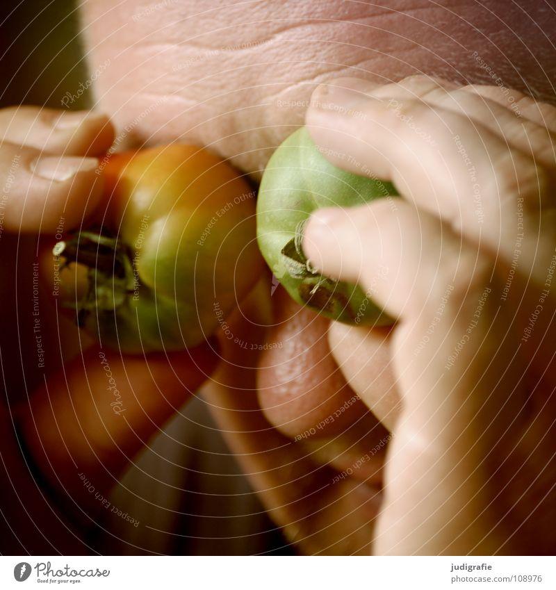 Manchmal habe ich das Gefühl, ... Mann Hand grün Freude Auge Farbe 2 Gemüse Tomate blind Redewendung ignorieren unreif