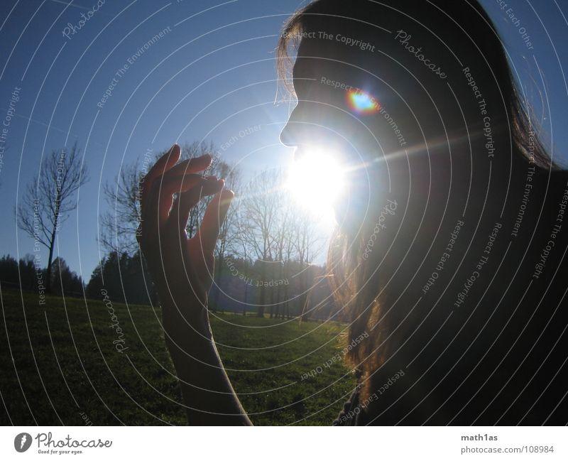 Sonnen speien Baum Frau Sonnenaufgang Geburt Hand braun grün Gegenlicht schön Himmelskörper & Weltall geburt der sonne Haare & Frisuren blau