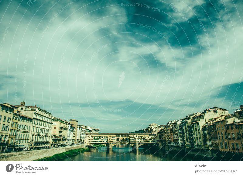 Ponte Vecchio [4] Himmel Ferien & Urlaub & Reisen Stadt Sommer Wasser Wolken Haus Architektur Gebäude Tourismus Schönes Wetter Brücke Italien Fluss Bauwerk