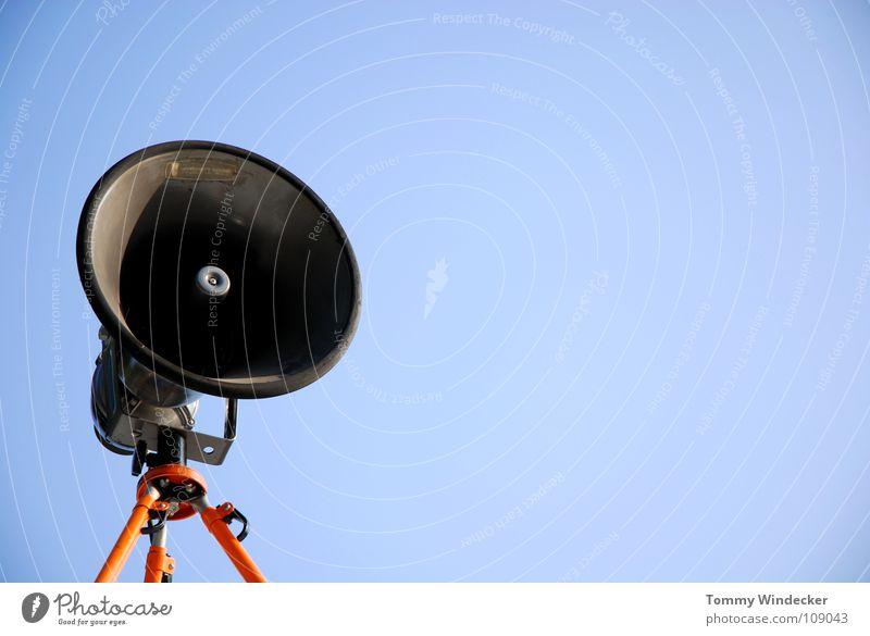 Alarmar Natur alt Himmel sprechen Musik Angst gefährlich Technik & Technologie bedrohlich Schutz Information Show Sturm hören Lautsprecher