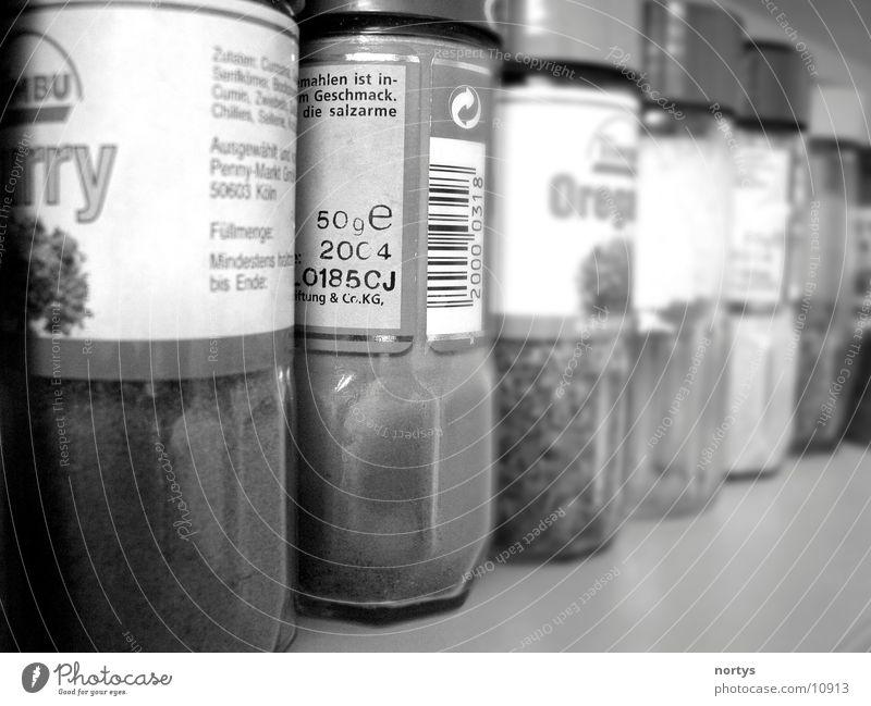 Würze Kräuter & Gewürze Curry Oregano Ernährung Pfeffer