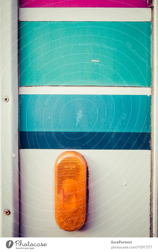 Rücklicht nehmen Design Verkehr Verkehrsmittel Fahrzeug Wohnmobil Wohnwagen Metall Kunststoff Linie Streifen blau grau orange türkis weiß Farbe