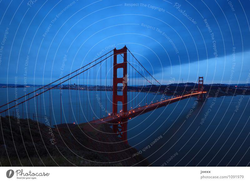 Die Straße von San Francisco Stadt Brücke Golden Gate Bridge Sehenswürdigkeit alt groß blau orange rot schwarz Hoffnung Horizont Farbfoto Gedeckte Farben Abend