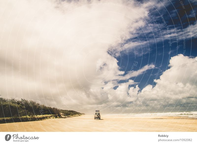 Sonntagsausflug Natur Landschaft Himmel Wolken Schönes Wetter Küste Strand Bucht Meer Pazifik Insel Fraser Island Autofahren PKW Geländewagen Sand