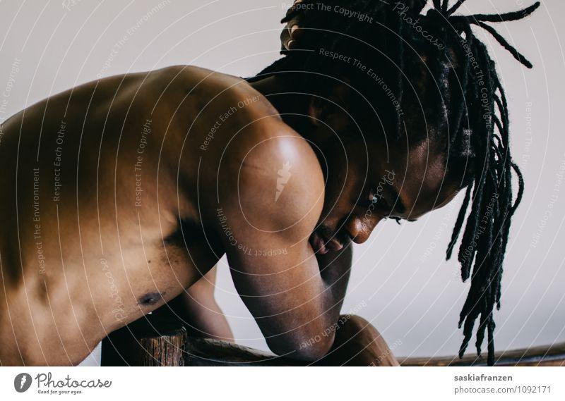 My weakness. schön maskulin Junger Mann Jugendliche Erwachsene Körper Haut 1 Mensch 18-30 Jahre Rastalocken Afro-Look Diät Denken Erholung Traurigkeit