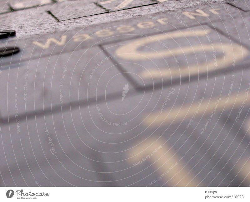 Wasser marsch Ziffern & Zahlen Schraube Dinge Schilder & Markierungen Nr blau
