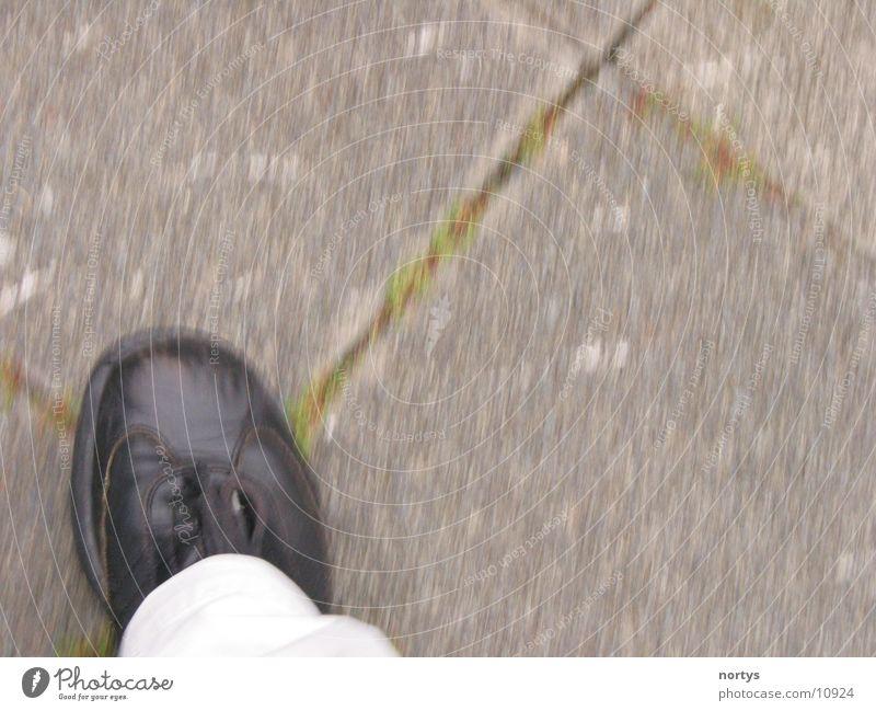 Running... Mensch Bewegung Fuß Schuhe gehen laufen rennen