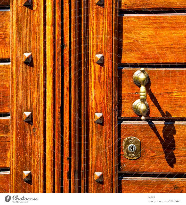 Ferien & Urlaub & Reisen alt Blume Blatt Haus schwarz Architektur braun Metall Fassade dreckig Tür Ausflug Europa Kirche Italien