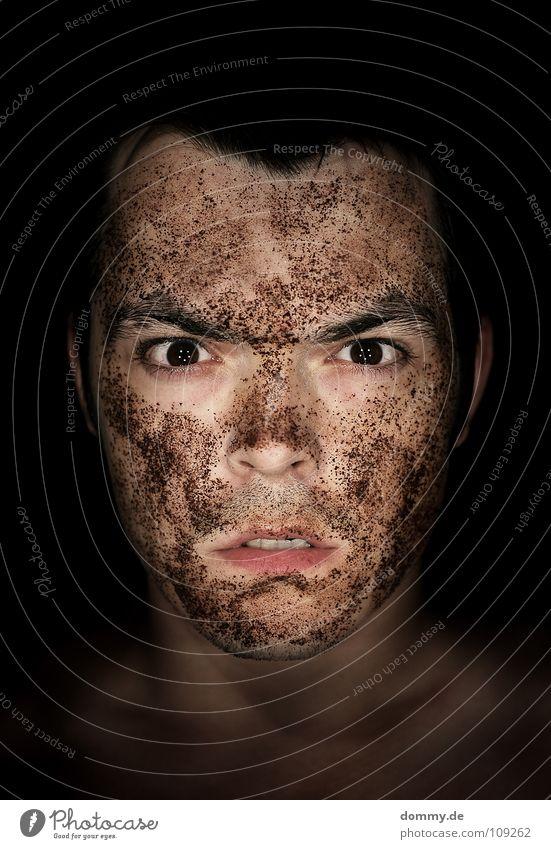 666... und weiter gehts Mann schwarz Gesicht Auge Haare & Frisuren braun Erde Angst dreckig Mund Nase nass Ohr Zähne Lippen Maske