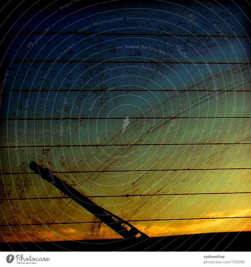 rearview aufgang Scheibenwischer Sonnenaufgang Fenster schmierig Reinigen Sonnenuntergang Himmelskörper & Weltall Verkehr sunrise windscreen wiper window
