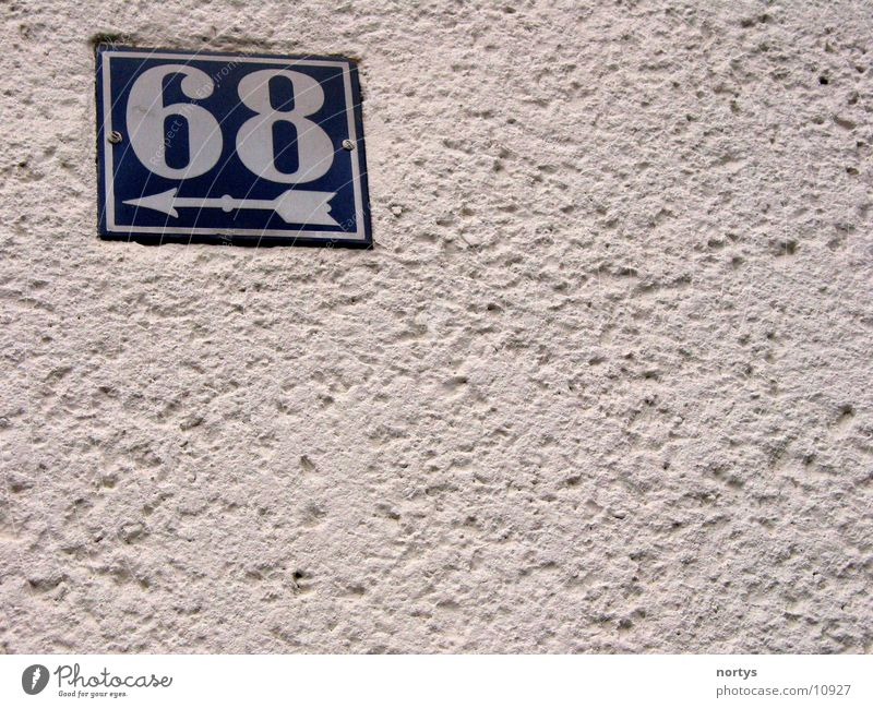 <___68 Wand Ziffern & Zahlen Hausnummer